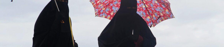 burka-1003353_1920